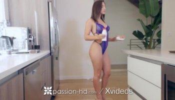 licking a girls ass