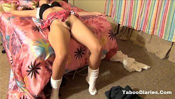 Petite Japanese chick services a tiny hairy dong with pleasure